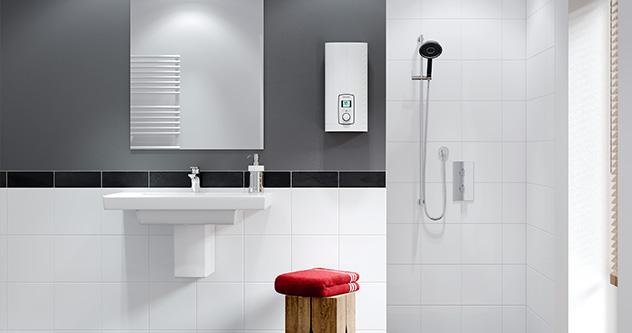 Vollelektronischer Durchlauferhitzer im Bad